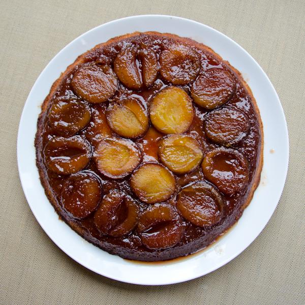 Italian prune plum cake tatin