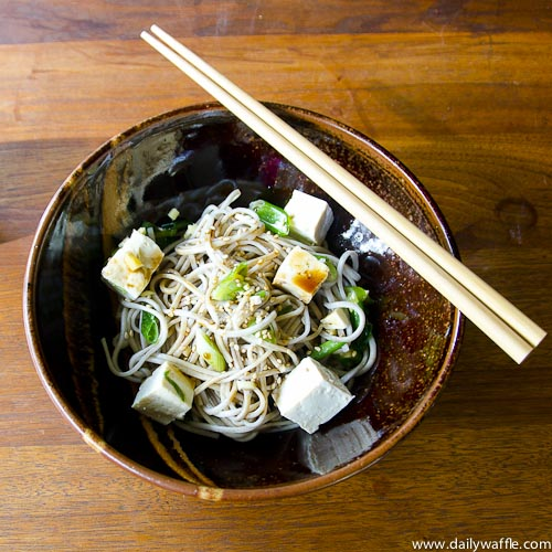 soba with scallions and tofu