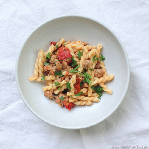 gemelli with italian sausage and cherry tomatoes |dailywaffle