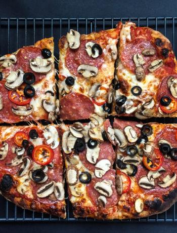 friday-night-slice_pepperoni-mushroom-olive-red-jalapenodailywaffle